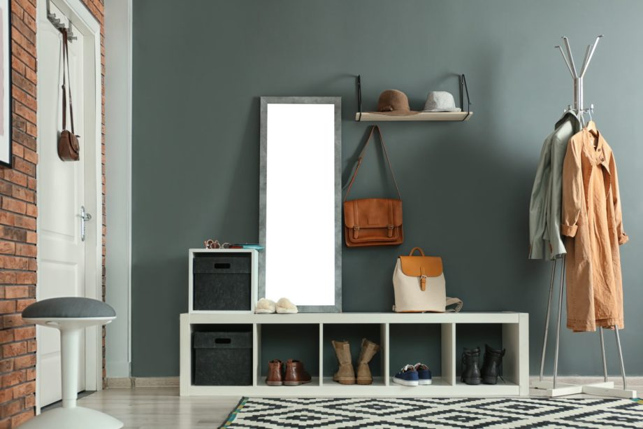 Stylish,Hallway,Interior,With,Mirror,And,Hanger,Stand