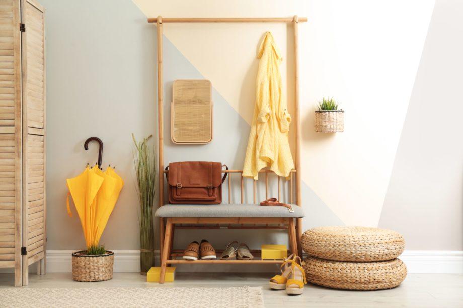 Cozy,Hallway,Interior,With,Storage,Bench,And,Stylish,Design,Elements