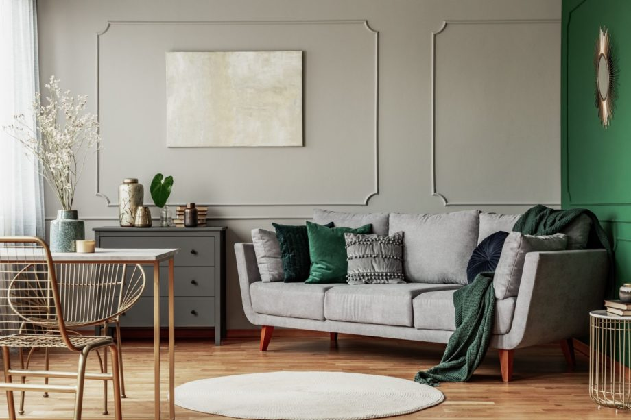 Stylish,Emerald,Green,And,Grey,Living,Room,Interior,Design,With